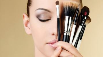 fondo-de-maquillaje-en-polvo-healthy-mix-de-bourjois1